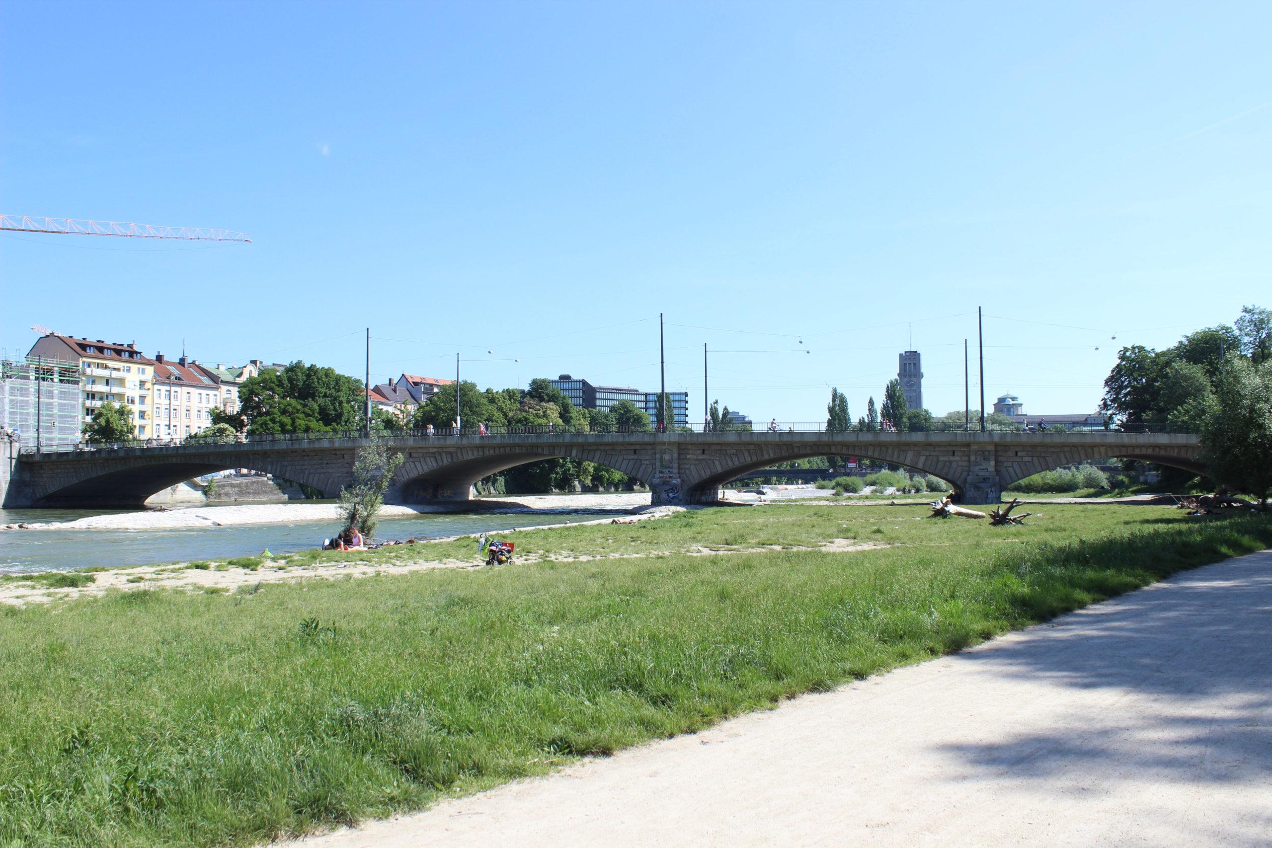 die Reichenbachbrücke von unten