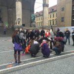 Große Geste: WeltSparen schenkt Münchnern 5000 Euro