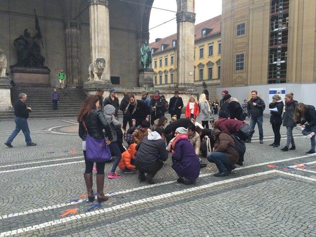 WeltSparen Aktion am Odeonsplatz