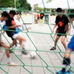 Polizei-Inspektion 45 holt Pasings Schüler wieder aufs Soccer-Feld