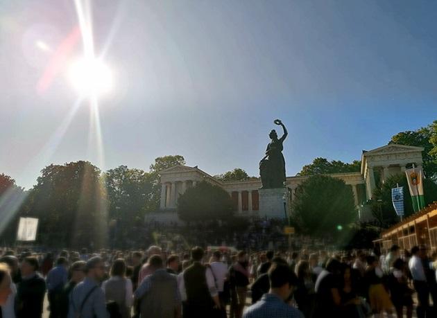 Statue Bavaria