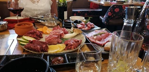 BBQ Essen im Yumira